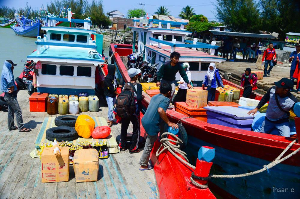 Tiba di pelabuhan Lampulo, Banda Aceh
