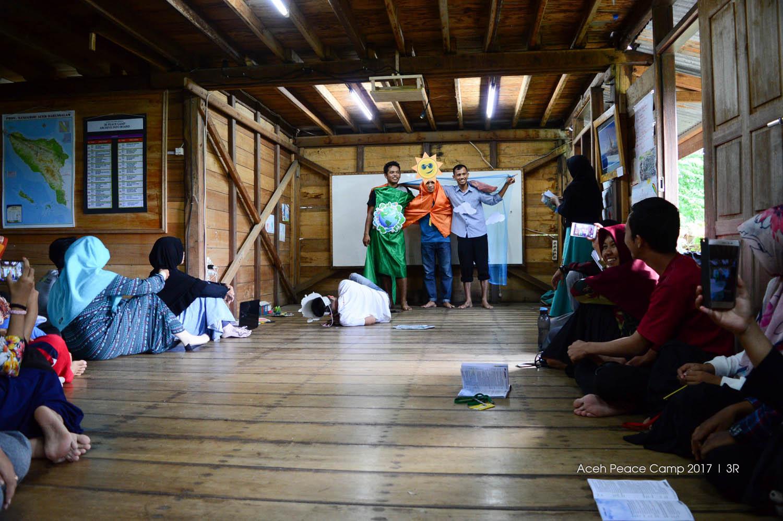Orientasi Aceh Peace Camp 2017
