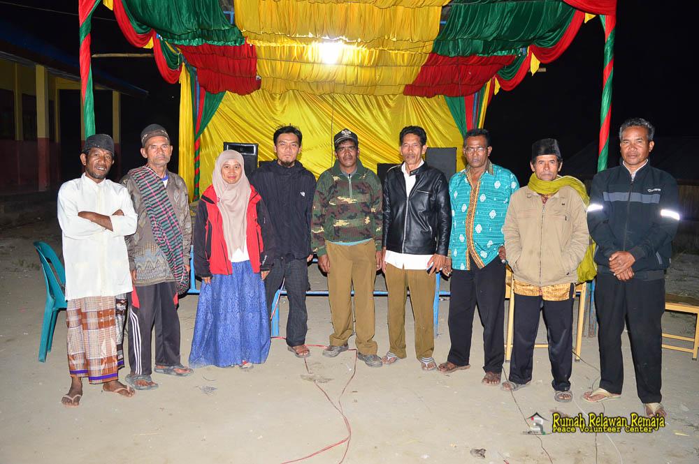 Bersama perangkat kampung desa Bah dan Serempah