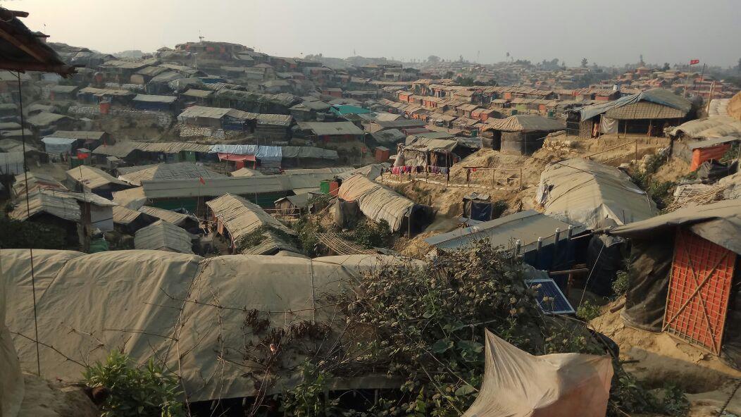 Sekolah Damai Bersama Anak-Anak Rohingya