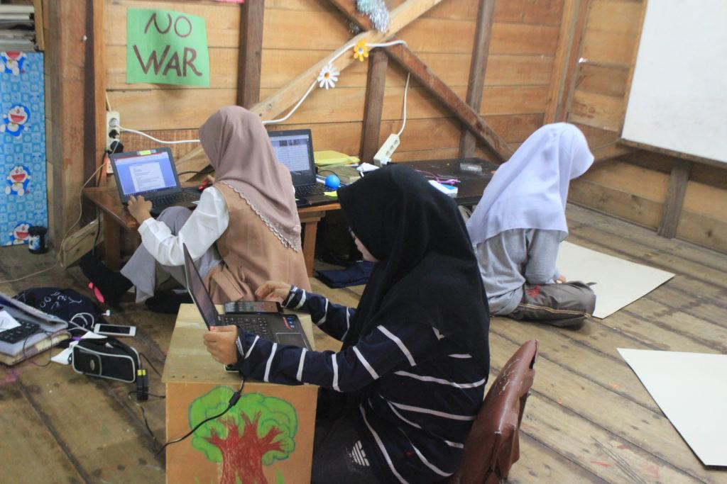Sejauh Mana Persiapan Pameran Virtual Pustaka Kampung Impian?
